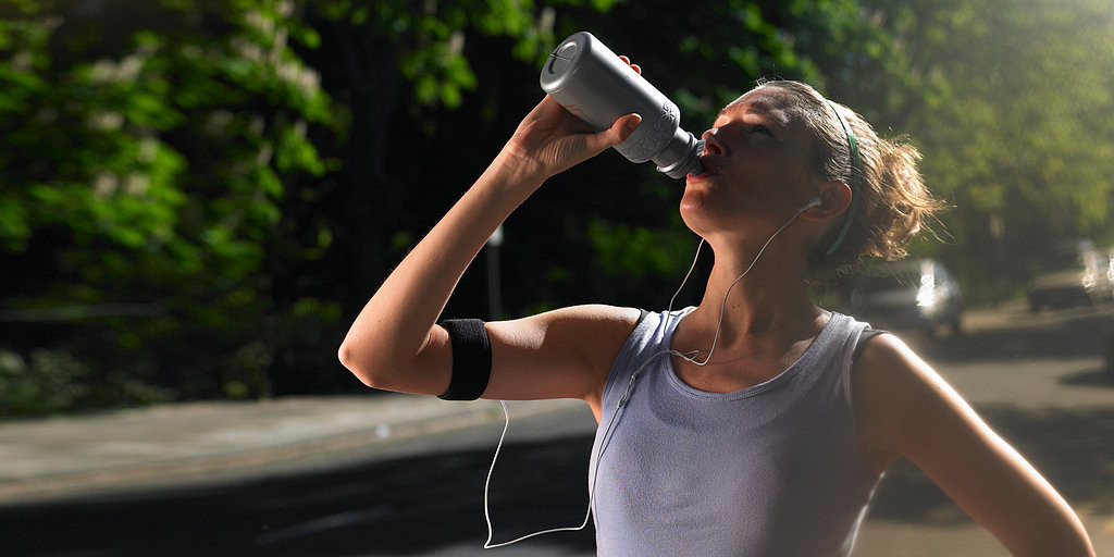 Drinking-water-after-workout-1024x512