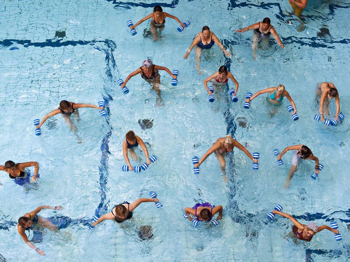 înotul ajută la varicoză)