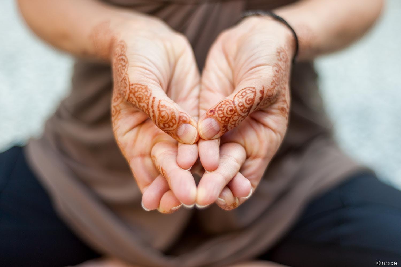 Мудрасана. Йога пальцев исцеляющие и лечебные мудры.